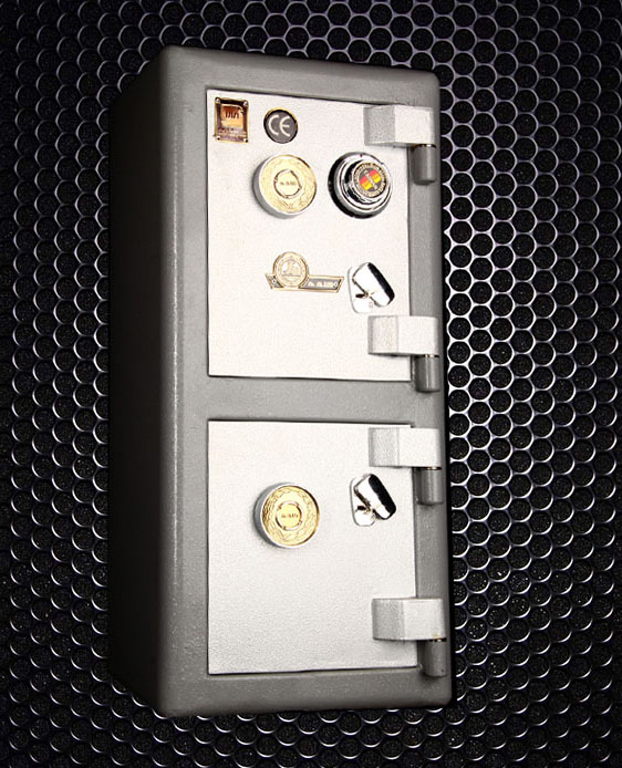 گاوصندوق اداری کاوه مدل 550DKR