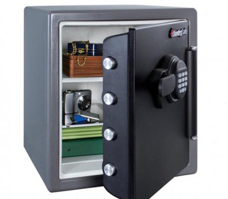 sg01859-master-lock-fire-safe-water-resistant-348-litre-electronic-lock-lfw123ftc